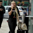 Amber Turner – makeup free in Manchester - 454 x 681