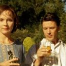 Rachael Stirling and Aidan Gillen - 454 x 255