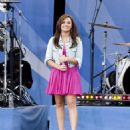"Demi Lovato Performing On ABC's ""Good Morning America"" At Rumsey Playfield In NYC, 2010-08-13"