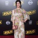 Alexandra Daddario – 'Solo: A Star Wars Story' Premiere in Los Angeles - 454 x 727