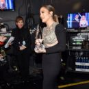Jennifer Lopez accepts Favorite TV Crime Drama Actress for 'Shades of Blue' onstage during the People's Choice Awards 2017 at Microsoft Theater on January 18, 2017 in Los Angeles, California - 399 x 600