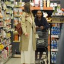 Angelina Jolie Shopping With Daughters In Los Angeles  (September 04, 2019) - 454 x 472