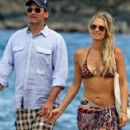Molly Sims and Scott Stuber - 293 x 473