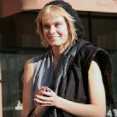 Sara Paxton - Leaving A Salon In Beverly Hills, 2010-02-12