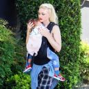 Gwen Stefani takes her sons shopping at Toys R Us in Los Angeles on April 16, 2016