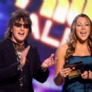 Richie Sambora and Colbie Caillat onstage during the 2008 American Music Awards on November 23, 2008 in Los Angeles, CA - 454 x 303