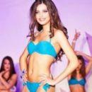 Alexandra Caruntu - 454 x 265