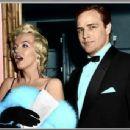 Marilyn Monroe - 454 x 344