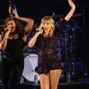 Taylor Swift – Performing at AT&T's We Can Survive Concert in Los Angeles