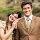 """Queiroz and Toledo record scenes of """"Êta Mundo Bom"""" in waterfall"""