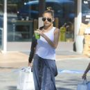 Nicole Richie – Shopping in Beverly Hills - 454 x 681