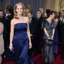 Helen Hunt At The 85th Annual Academy Awards - Arrivals (2013) - 423 x 594