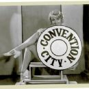 Convention City - Joan Blondell - 454 x 349