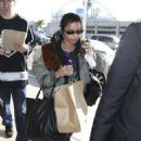 Zoe Kravitz at LAX International Airport in Los Angeles - 454 x 681