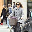 Pippa Middleton – Shopping in London - 454 x 751