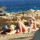 Aurora Ramazzotti – Spotted on a beach In Koufonissia - 454 x 303