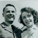 Glenn Davis and Elizabeth Taylor - 454 x 443