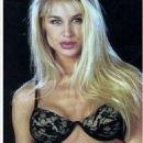 Bobbie Brown - 454 x 988