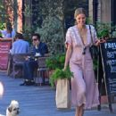 Donna Air – Out in London - 454 x 555