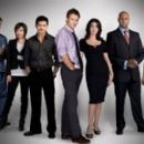 mental the TV series 2009 crew - 400 x 266