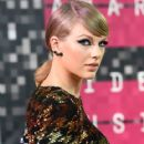 Taylor Swift attends the 2015 MTV Video Music Awards at Microsoft Theater on August 30, 2015 in Los Angeles, California
