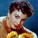 Jean Simmons - 454 x 529