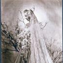 Dina Merrill, daughter of Marjorie Marjorie Merriweather Post, on her March 23, 1946 wedding to Stanley Rumbough, Jr - 421 x 510