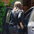 Sarah Michelle Gellar Out and About in Beverly Hills 08/19/2016 - 454 x 596