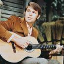 Glen Campbell - 454 x 363