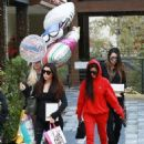 Kourtney Kardashian celebrating a friend's birthday at Lovis Restaurant in Calabasas, California on January 9, 2017 - 454 x 596