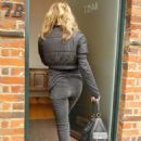 Kylie Minogue Out And About, October 15, 2010
