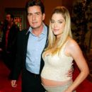 Charlie Sheen and Denise Richards - 454 x 721