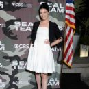 Jessica Pare – 'SEAL Team' Premiere in Los Angeles - 454 x 608