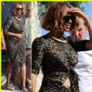 Beyonce Holds Possible Baby Bump Before Pregnancy Rumors - See the Pics!