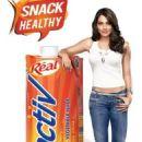 Bipasha Basu Advertises for Real Active - 454 x 712