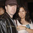 Donnie Wahlberg and Kim Fey - 293 x 473
