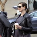 Anne Hathaway and her husband Adam Shulman out and about in Beverly Hills on January 06, 2015 - 442 x 600