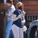 Ariel Winter – Takes her dog to a veterinarian clinic in Studio City