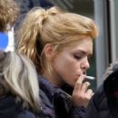 Billie Piper - Candids On The Set Of Belle Du Jour - 22.06.2007