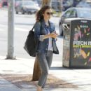 Lily Collins feeding the parking meter in Beverly Hills - 454 x 549