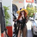 Phoebe Price in Bikini at Gas Station in Beverly Hills - 454 x 681