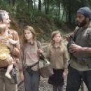 The Walking Dead (2010) - 454 x 324