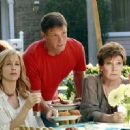 Polly Bergen On Desperate Housewives - 413 x 330