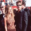 Jennifer Aniston and Brad Pitt At The 51st Annual Primetime Emmy Awards (1999) - 454 x 756