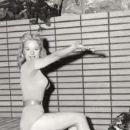 Lorna Maitland - 182 x 283