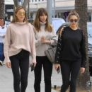 Jennifer Flavin wit Sophia and Sistine Stallone – Shopping in Beverly Hills - 454 x 681