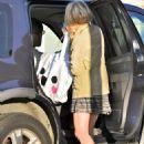 Dakota Fanning - Heading to school - 2010-11-05