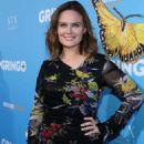 Emily Deschanel – 'Gringo' Premiere in Los Angeles - 454 x 681