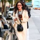 Courteney Cox – Shopping in West Hollywood - 454 x 681