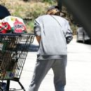 Jessica Alba– Grocery Shopping in Malibu, July 2016 - 454 x 648